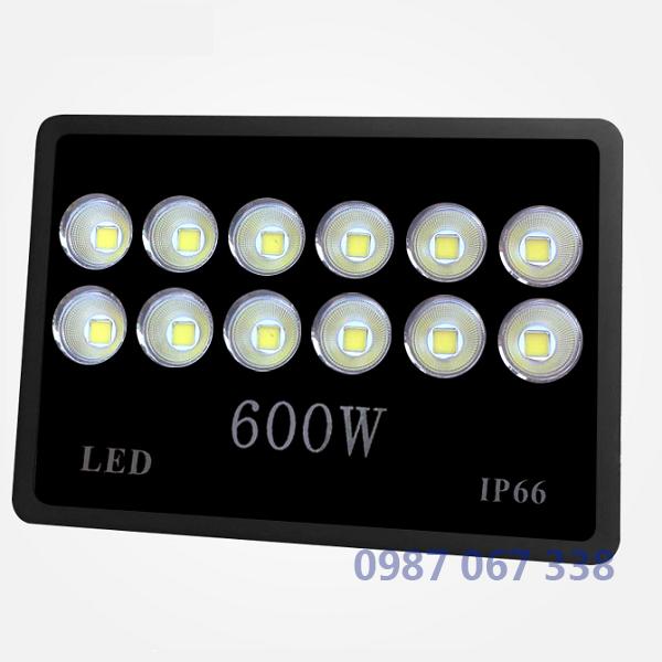 Đèn pha led 600w IP66